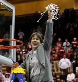 Coach Tara VanDerveer